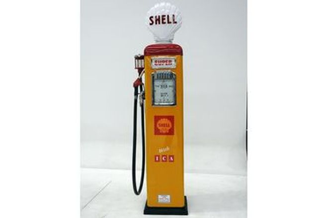 Petrol Pump - Gilbarco CM in shell Livery Restored With reproduction globe
