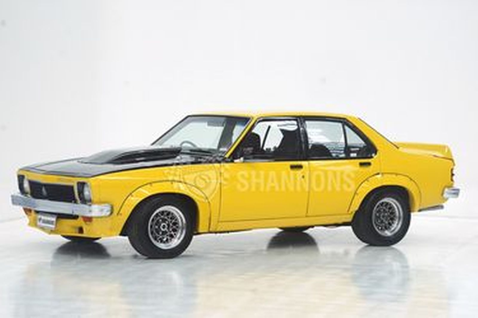 Holden LX Torana A9X Sedan