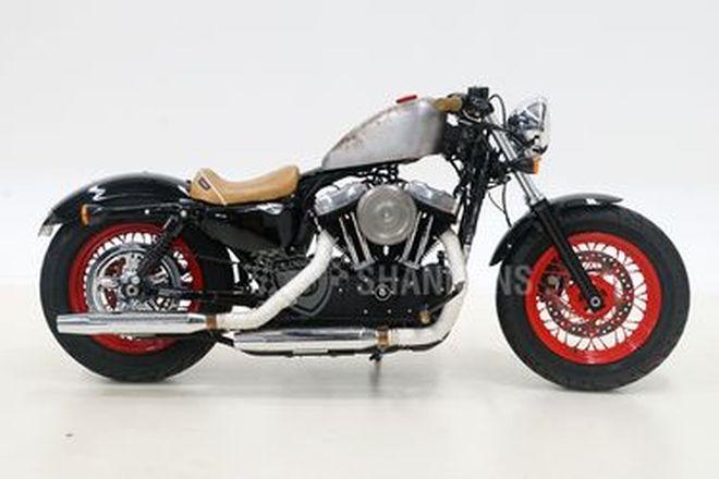 Harley Davidson XL1200 Sportster 'Custom'
