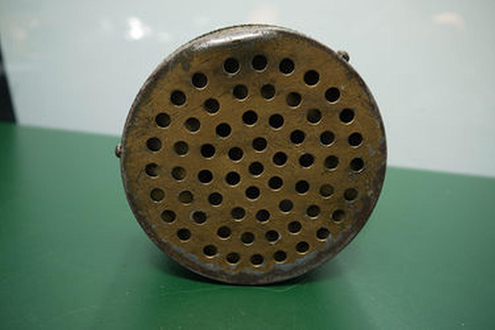 Siren - Period WW2 Era Air Raid Siren hand crank by Federal Electric Co. Chicago