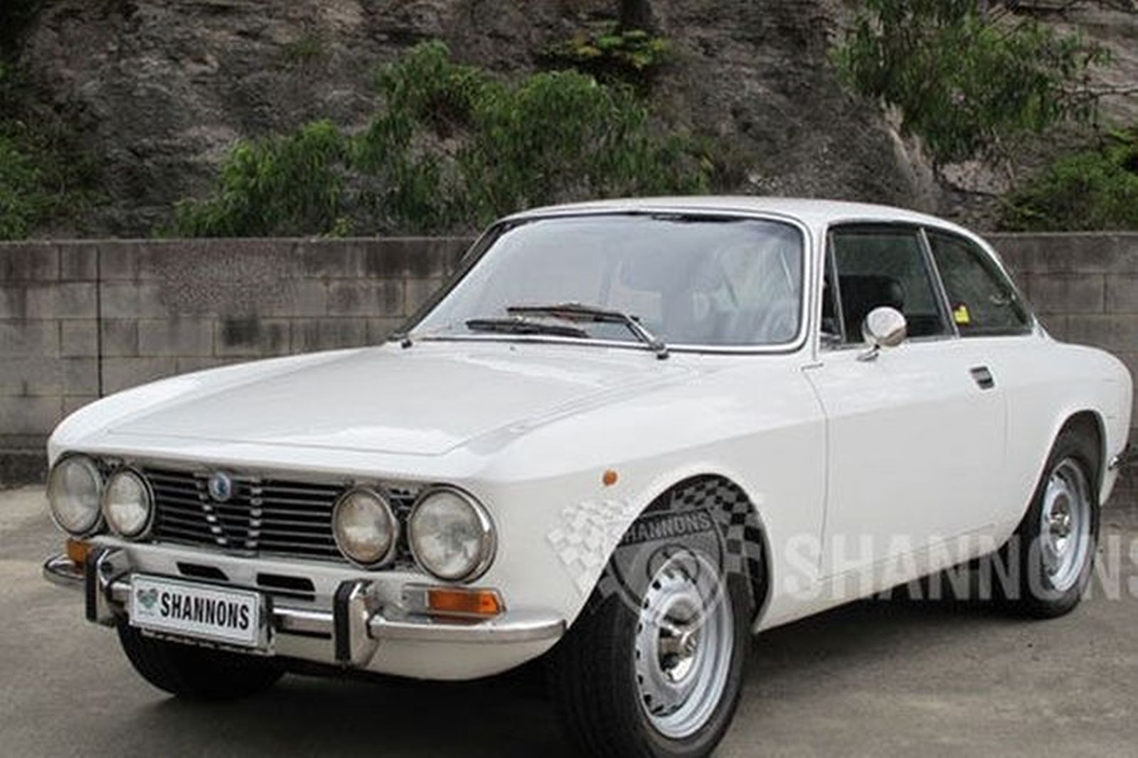 sold alfa romeo gtv 2000 coupe auctions lot 4 shannons. Black Bedroom Furniture Sets. Home Design Ideas