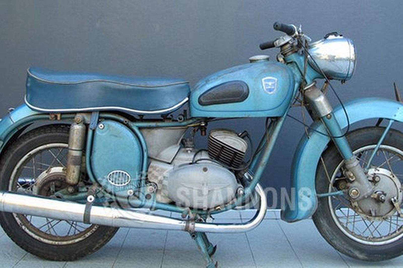 sold adler 250cc 39 favorit 39 motorcycle auctions lot ak. Black Bedroom Furniture Sets. Home Design Ideas
