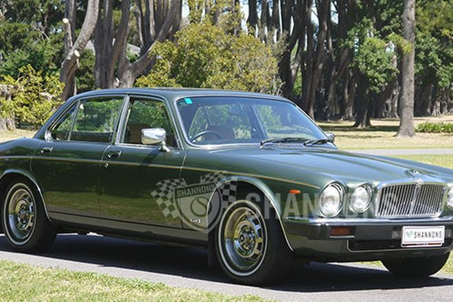 Jaguar XJ6 Series III Saloon