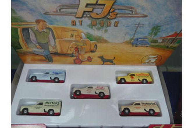 Model Cars - 30 x Various Matchbox cars