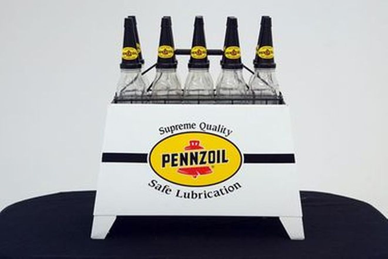 Oil Rack & Bottles - 10 x Bottles with tops in Pennzoil Livery