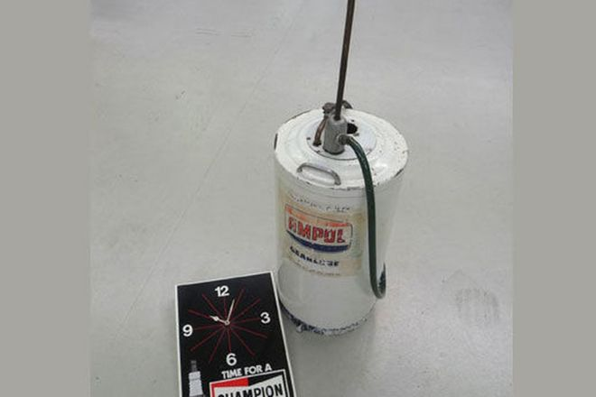 Ampol Gearlube Unit & Champion Clock