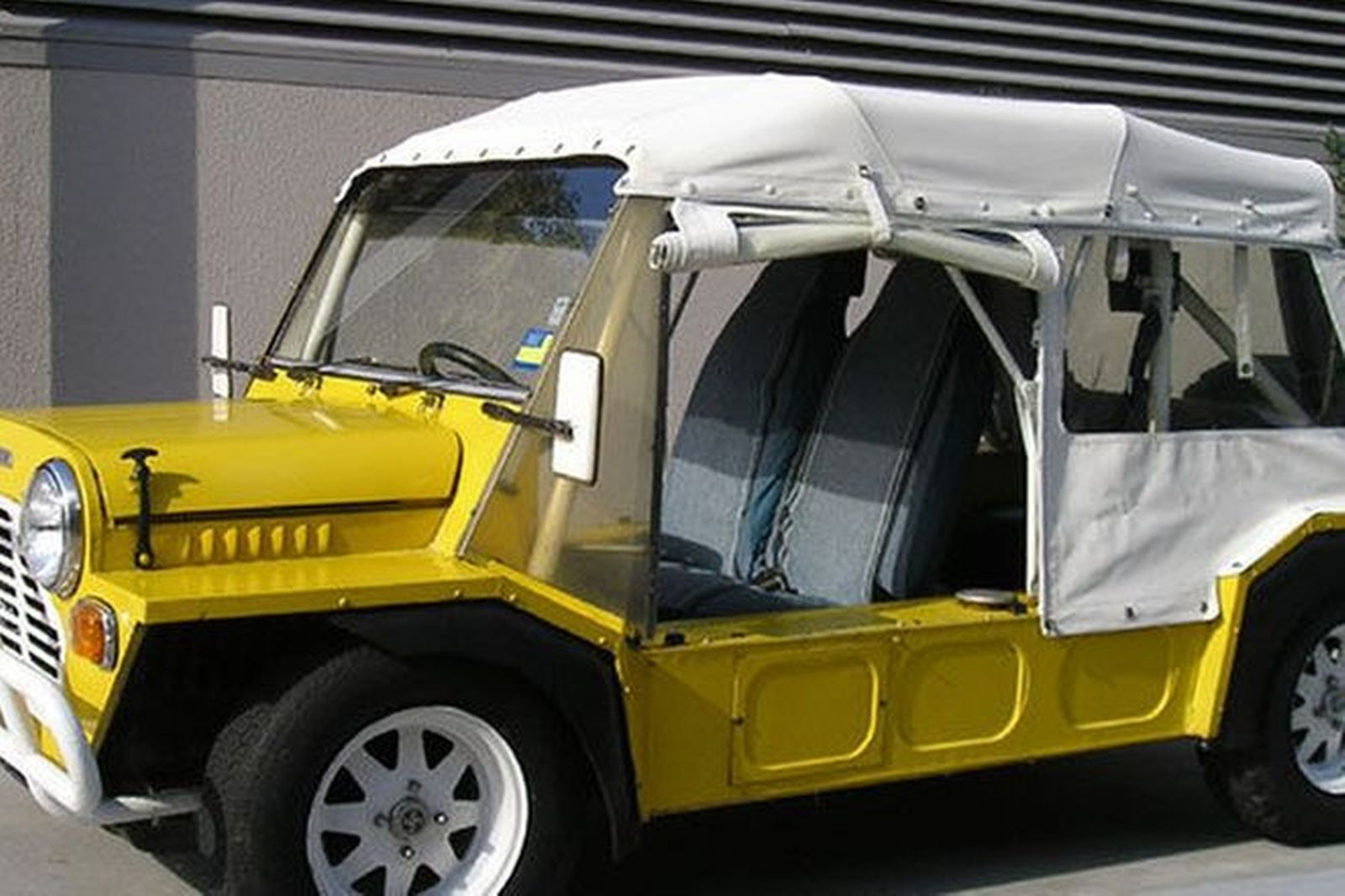 Mini Moke Californian