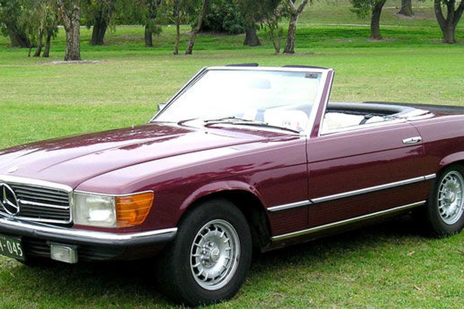 Sold mercedes benz 350sl convertible auctions lot 7 for Mercedes benz 350 convertible