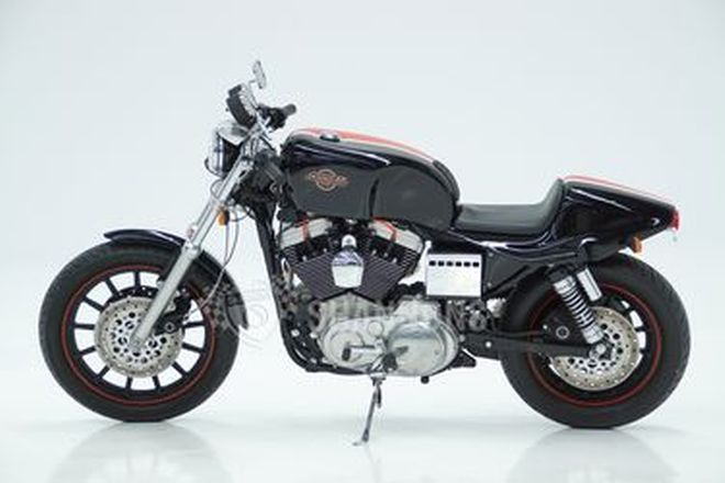 Harley-Davidson XL1200S Motorcycle