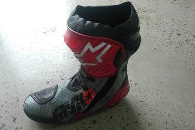 Maverick Vinales #25 Signed Boot LF