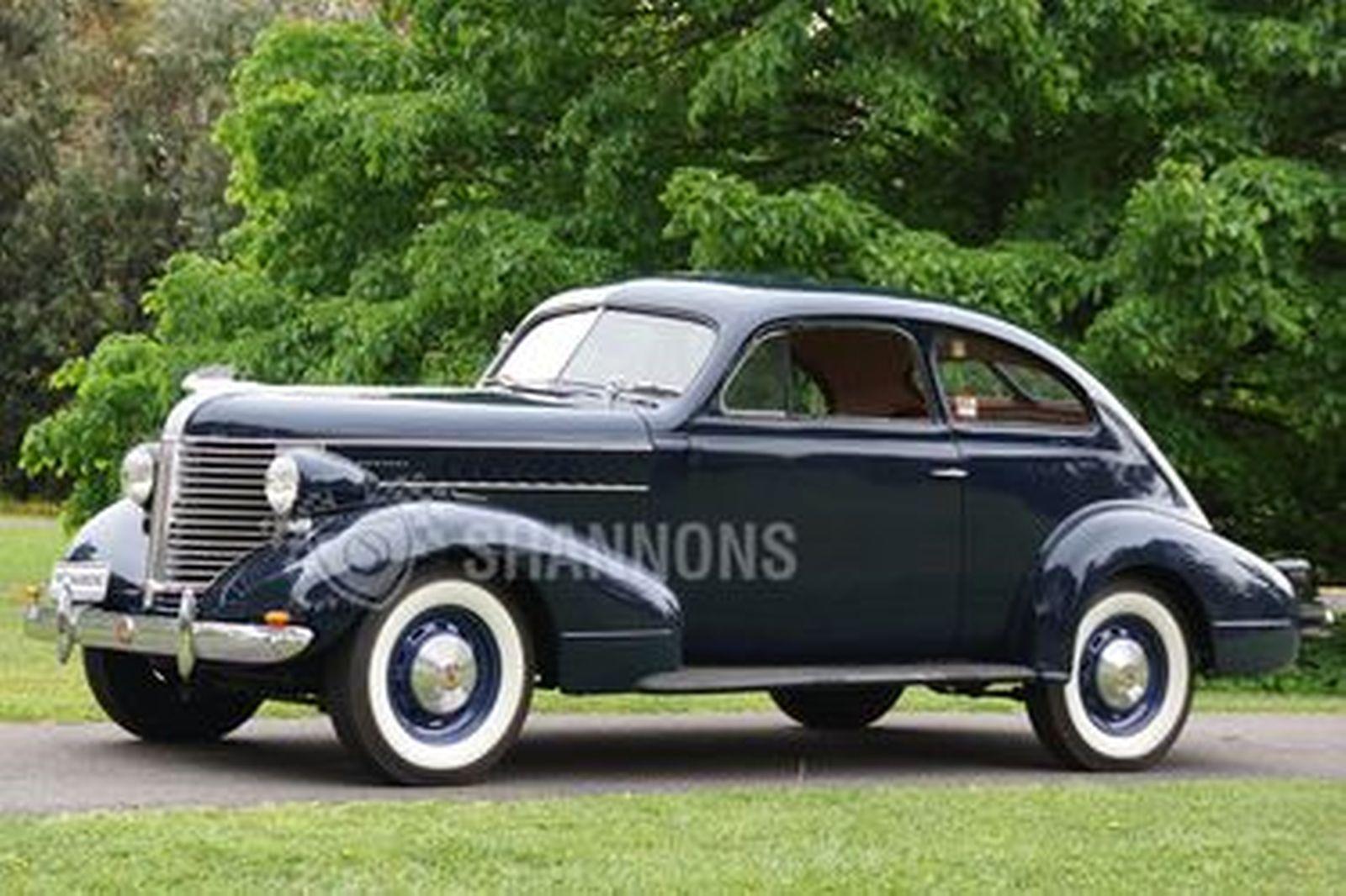 Pontiac Business Coupe (RHD)