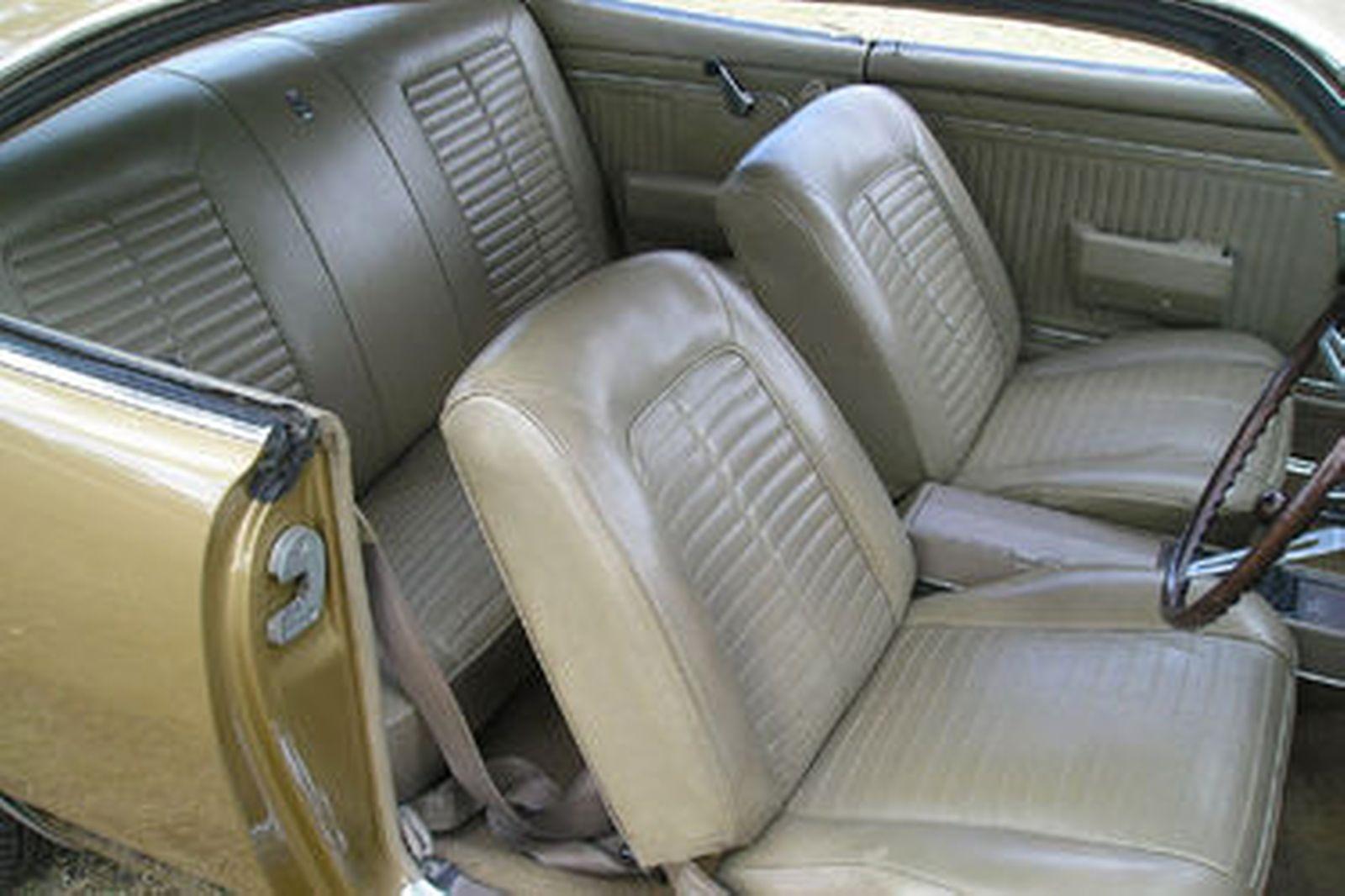 Holden Monaro HK GTS 327 Coupe
