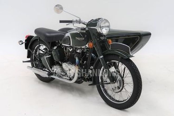 Triumph Thunderbird 650 Motorcycle & Sidecar