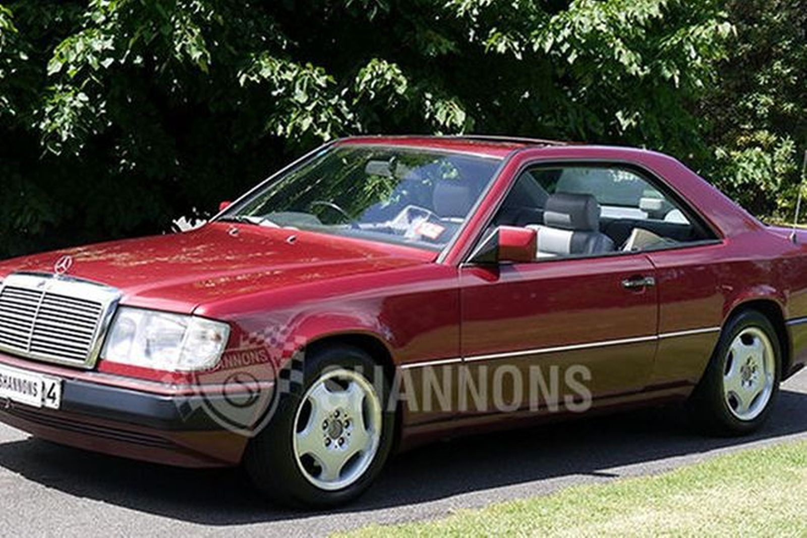 sold mercedes benz 300ce 24v coupe auctions lot 15 shannons. Black Bedroom Furniture Sets. Home Design Ideas