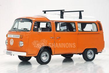 Volkswagen Kombi T2 Camper Van