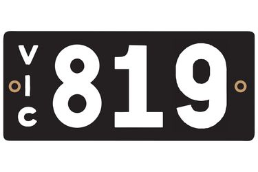 Victorian Heritage Plate '819'
