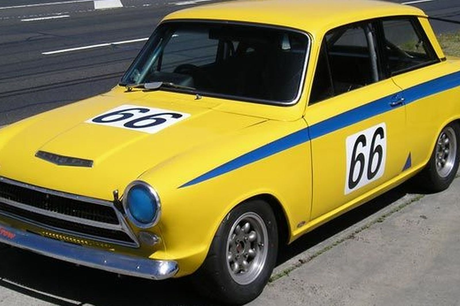 Ford Cortina Mk 1 GT Coupe (Group N Race Car) Auctions - Lot 32 ...