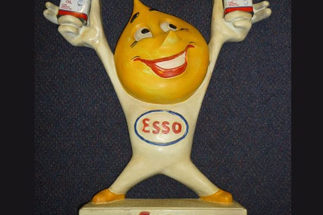 Statue - Esso Oil Drip Man Display statue with Tins