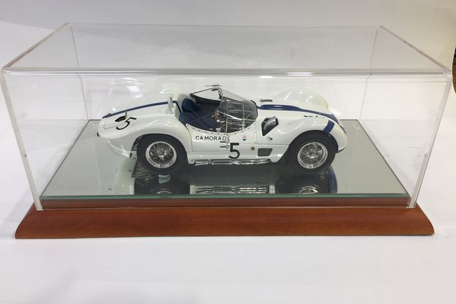 Model Car -  1:18 Signed Limited Edition Maserati Model Cars - Stirling Moss