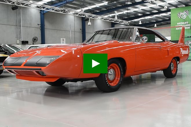 Plymouth Road Runner Superbird '426 Hemi' Coupe (LHD)