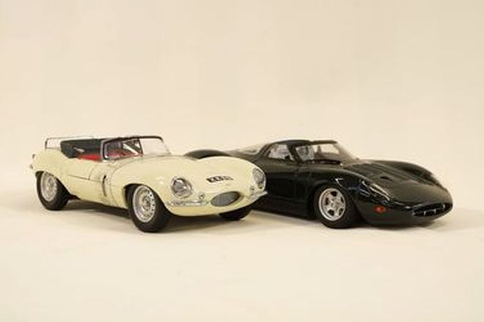Model Cars x 2 - Autoart Jaguar XKSS Cream & Jaguar XK13 BRG (1:18 scale)