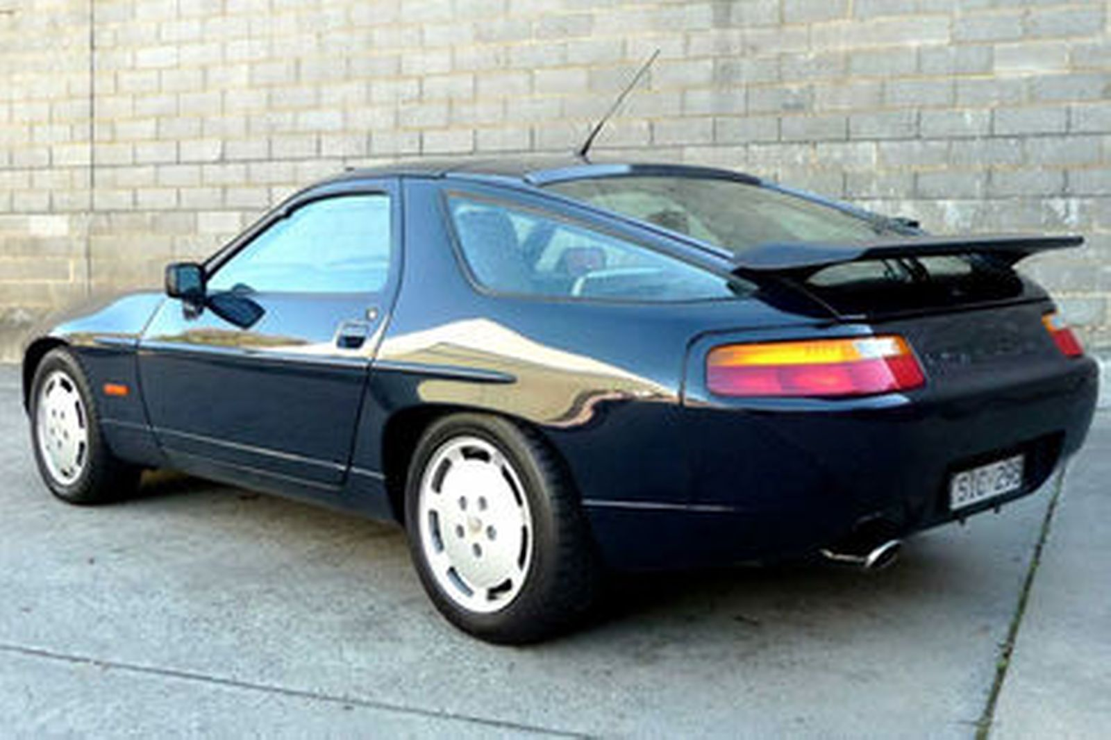 porsche 928 s4 coupe auctions lot 4 shannons. Black Bedroom Furniture Sets. Home Design Ideas
