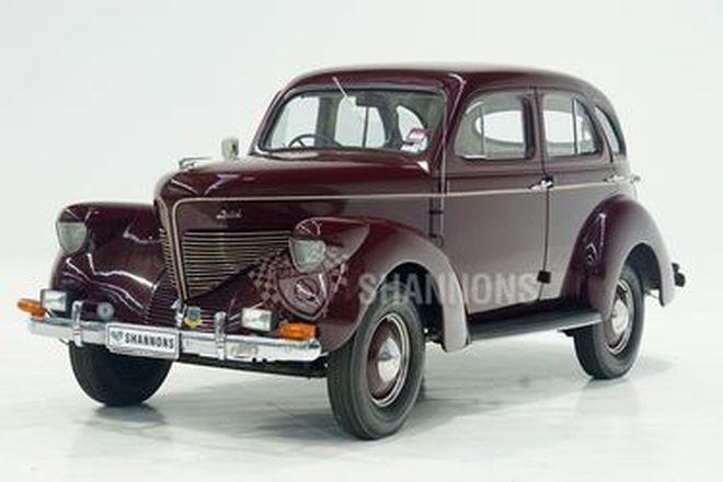 Willys 98 Sedan (RHD)