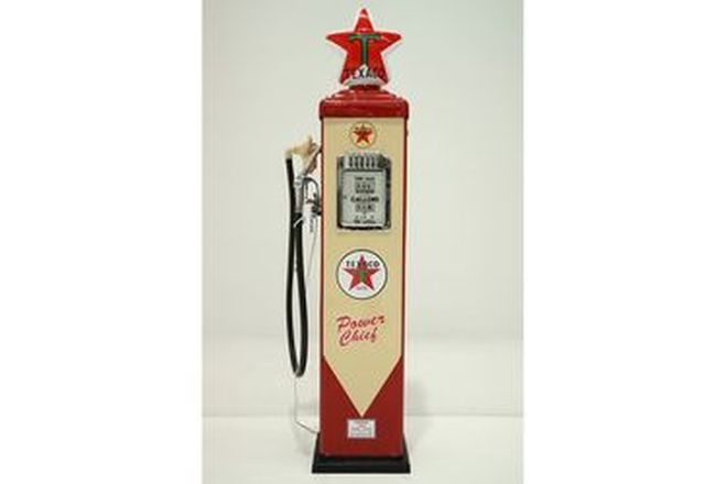Petrol Pump - Gilbert & Barker CM in Texaco Power Chief Livery with Reproduction Globe
