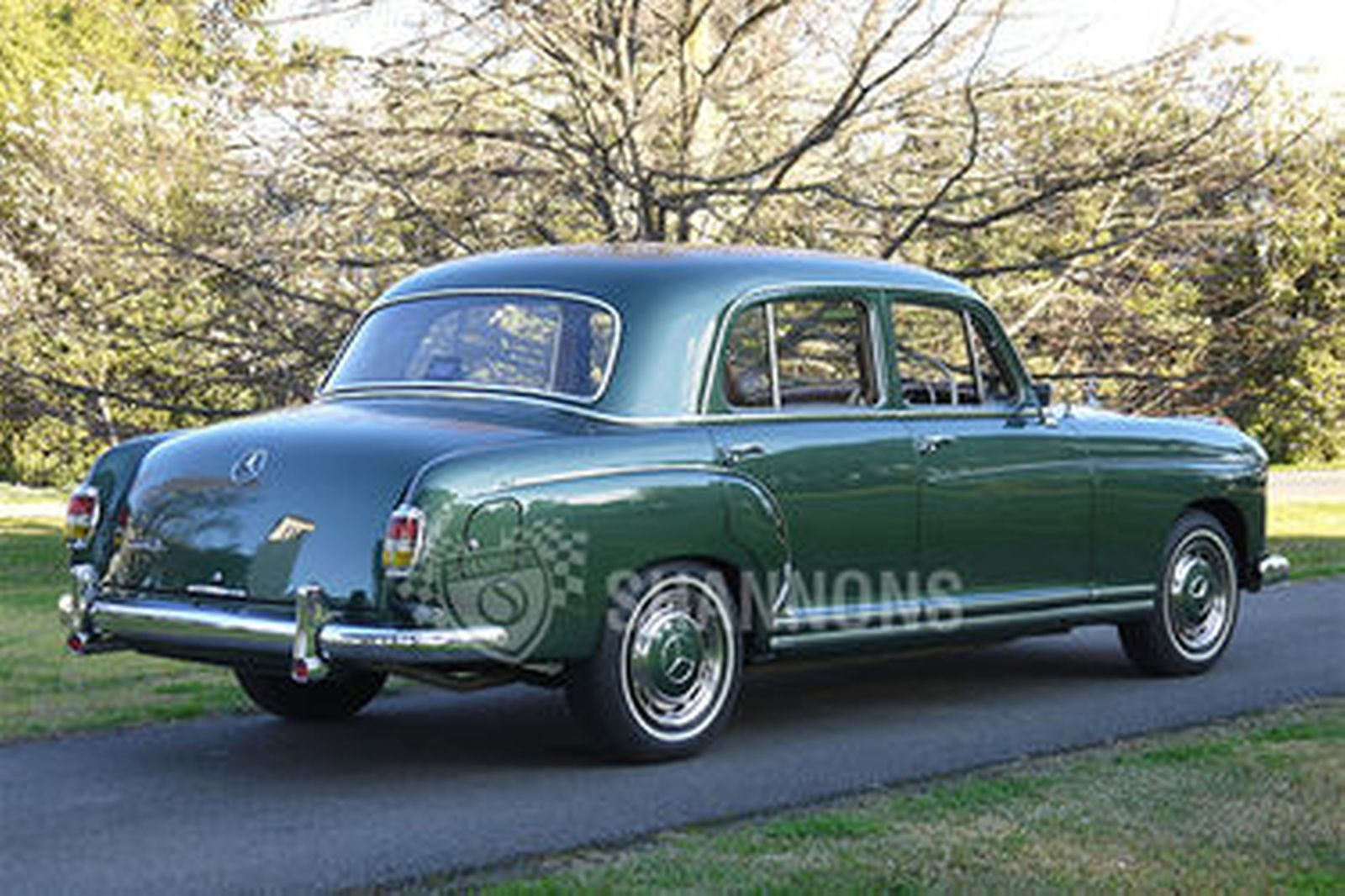 Sold mercedes benz 220s saloon auctions lot 4 shannons for 1958 mercedes benz 220s for sale