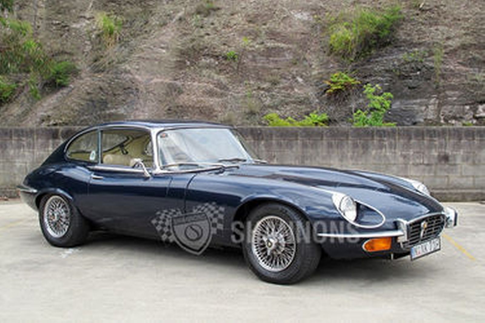 sold jaguar e type v12 39 manual 39 2 2 coupe auctions lot 24 shannons. Black Bedroom Furniture Sets. Home Design Ideas