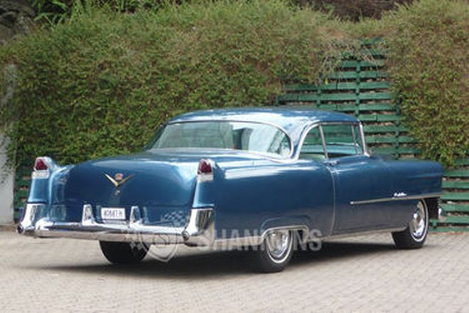 Cadillac Series 62 Coupe (LHD)
