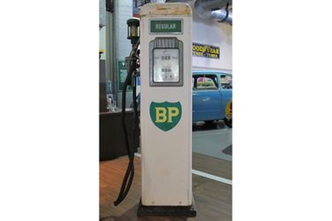 Petrol Pump - Gibarco Electric in BP Livery (Original Unrestored)