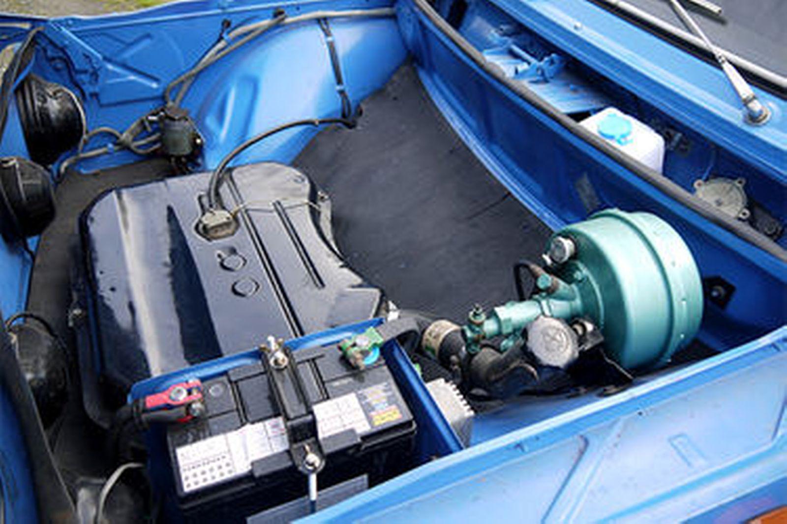 Sold Renault 8 Gordini R1135 Sedan Auctions Lot 5 Shannons