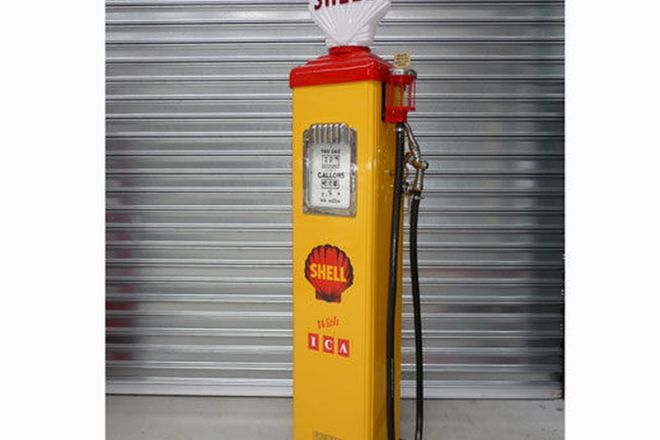 Petrol Pump - Gilbarco Electric in Shell Livery (Restored)
