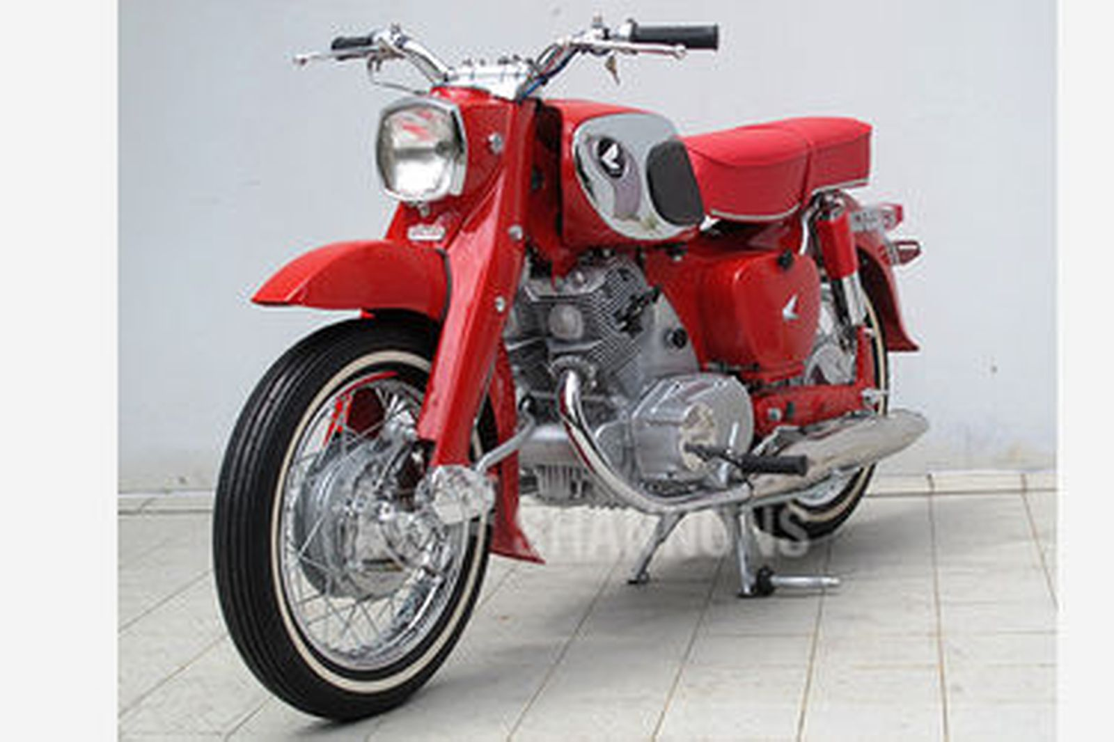 Sold honda cb77 305cc 39 dream 39 motorcycle auctions lot for Motor vehicle open on saturday