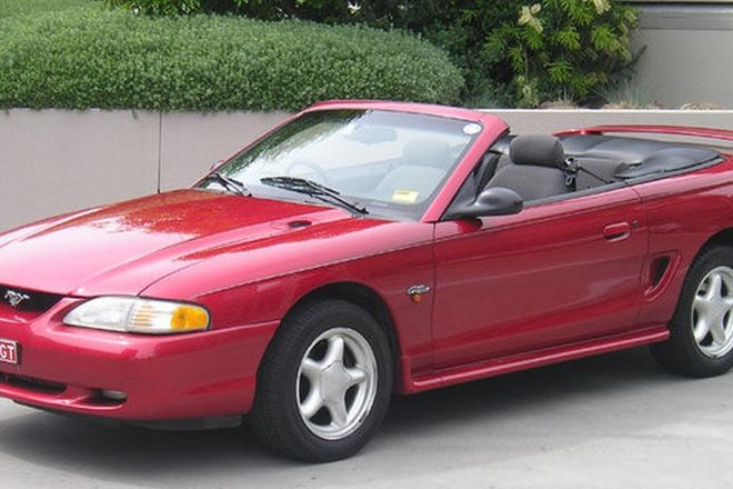Ford Mustang GT Convertible (RHD)