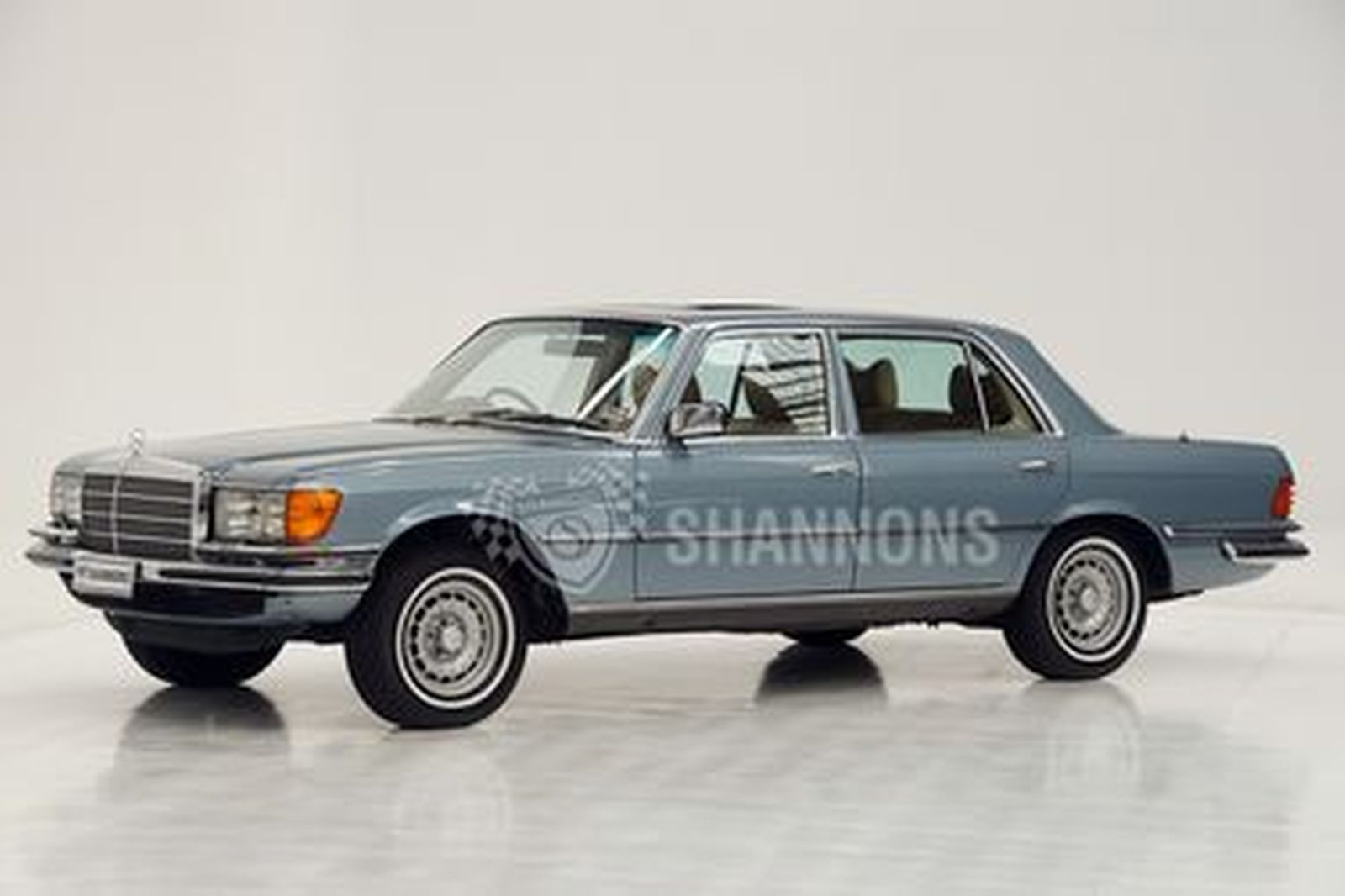 Mercedes-Benz 450 SEL 6.9 Saloon