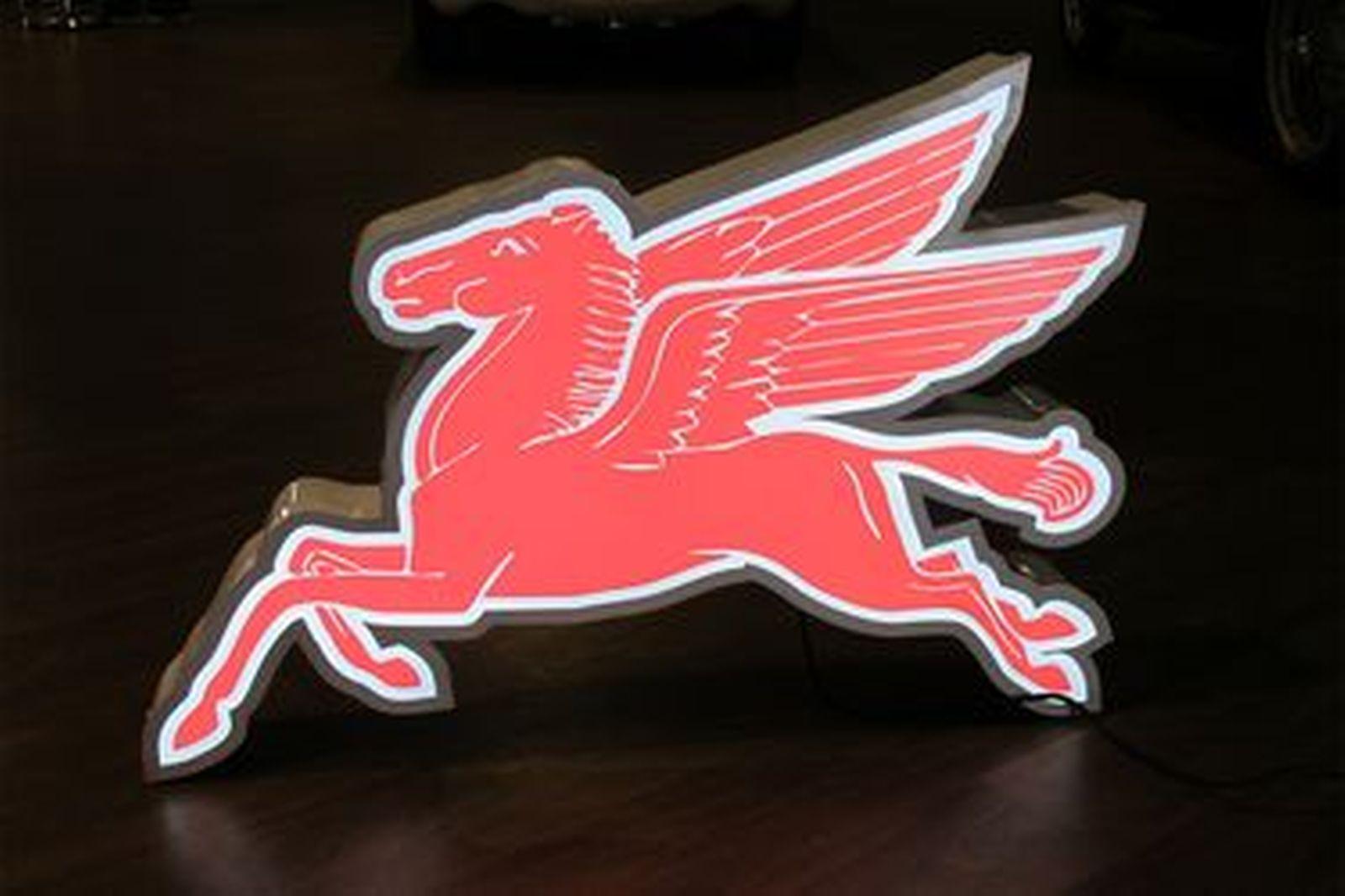 Light Box - Mobil Flying Horse 'Pegasus' (90 x 62cm)