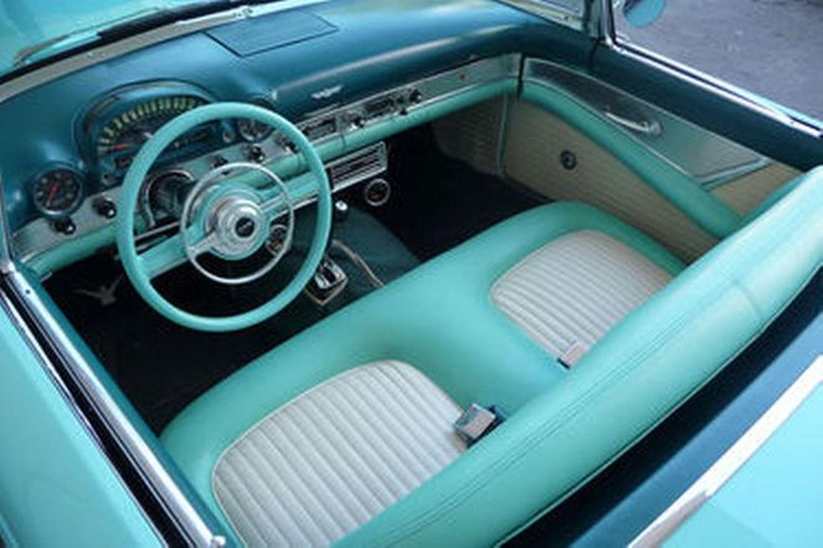 Ford Thunderbird Convertible (LHD)