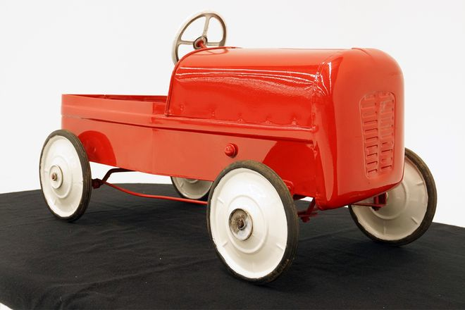 Cyclops Clipper Peddle Car - Original in Red