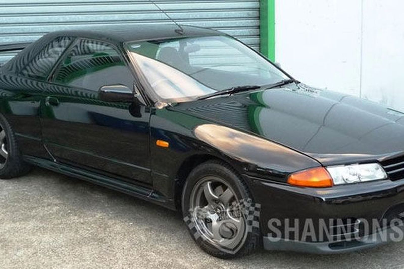 sold nissan skyline r32 gt r coupe 1 of 100 australian delivery auctions lot 9 shannons. Black Bedroom Furniture Sets. Home Design Ideas