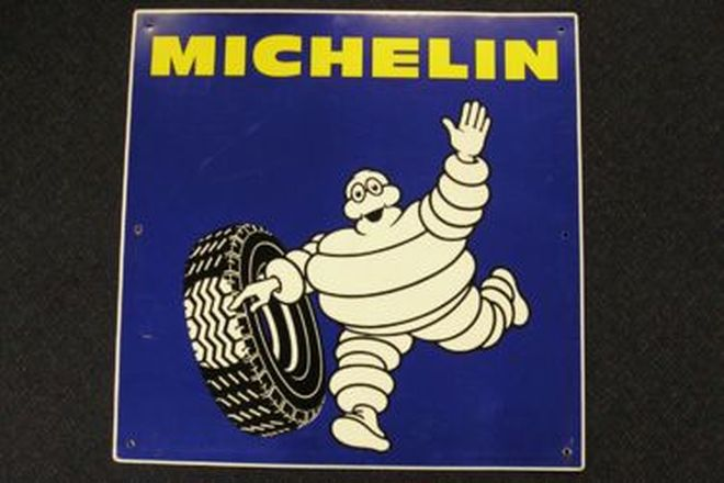 Sign- Michelin (65 x 65cm)