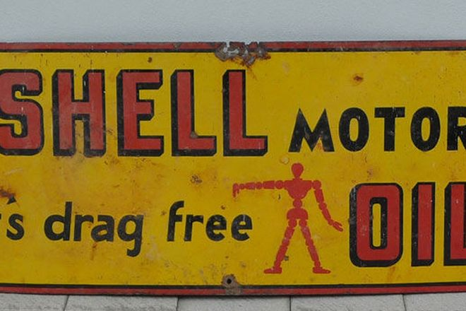Enamel Sign - Shell 'Windscreen Banner Stick man ' Sign (45cm high x 100cm long)
