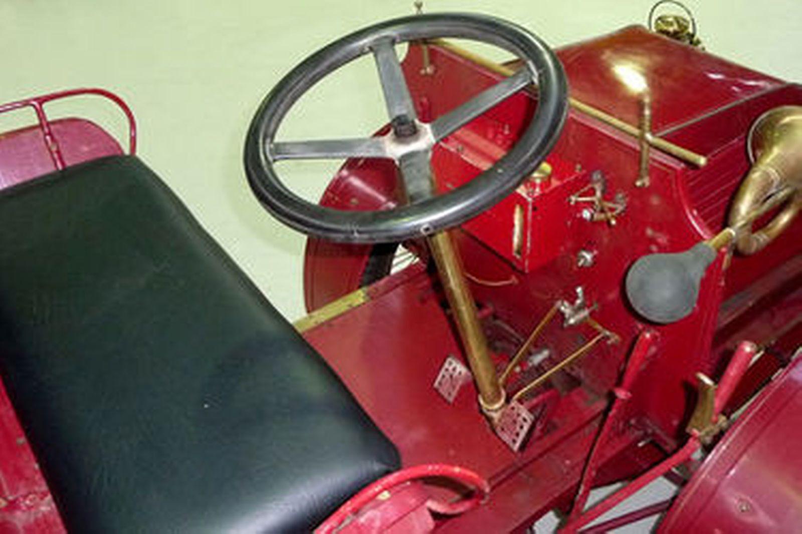 De Dion/Torbensen 2 Seater Runabout (Replica)