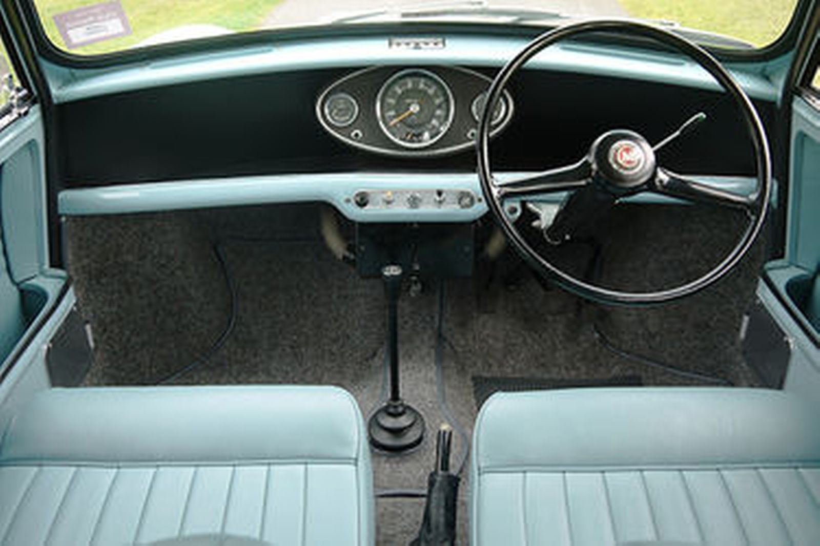 Sold Morris Mini Traveller Van Auctions Lot 12 Shannons