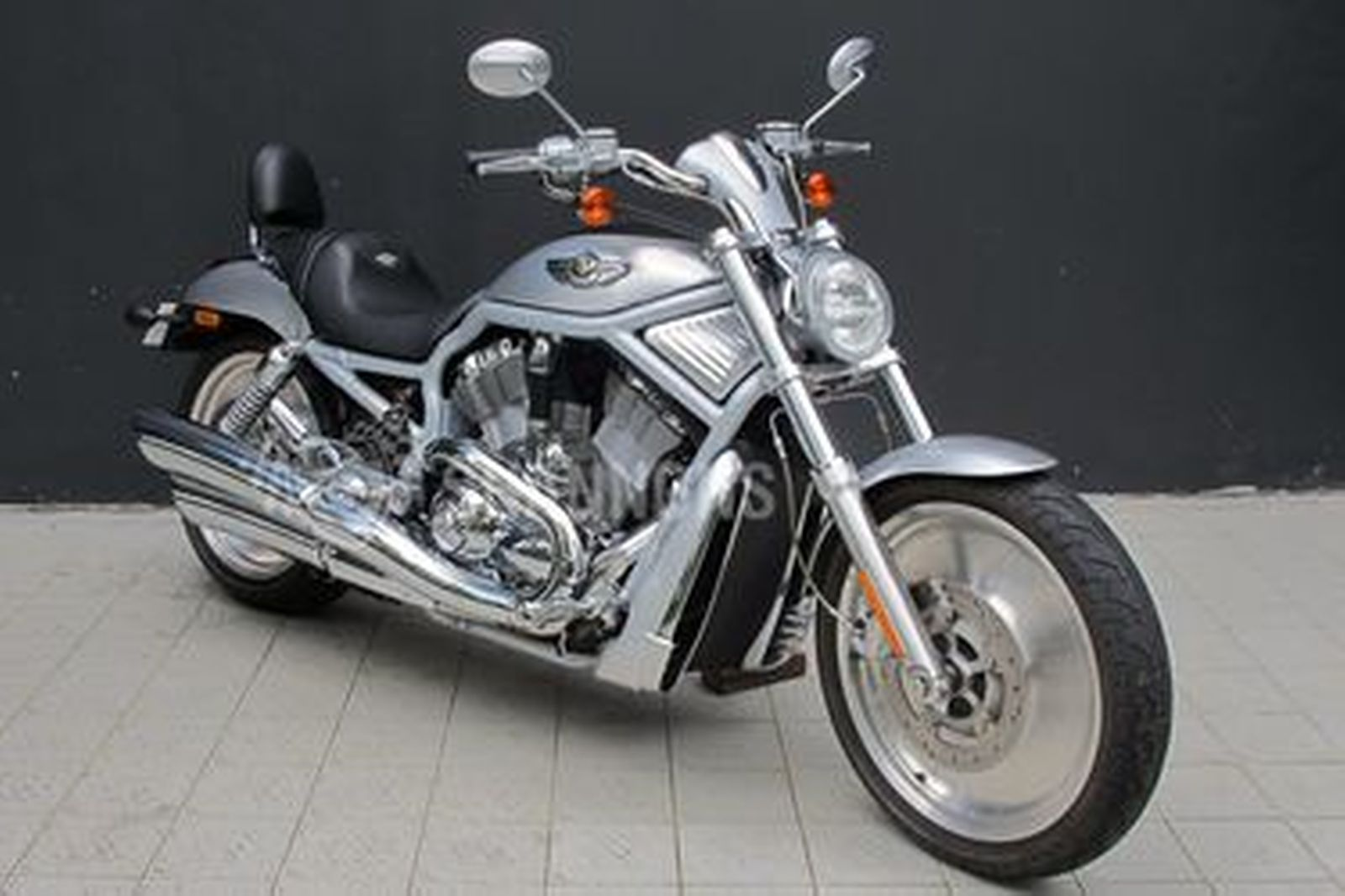 Harley-Davidson VRSCA V-Rod 100th Anniversary Edition Motorcycle