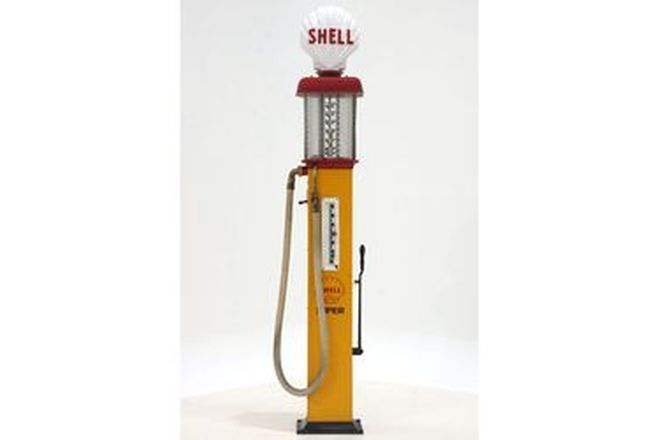 Petrol Pump - c1930s Gilbarco Manual in Shell Livery