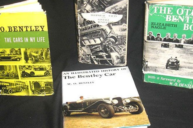 Books x4 - Collection relating to Bentley by various publishers