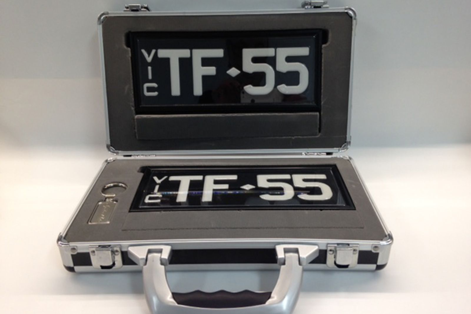 Signature Series Victorian Plate -'TF.55'