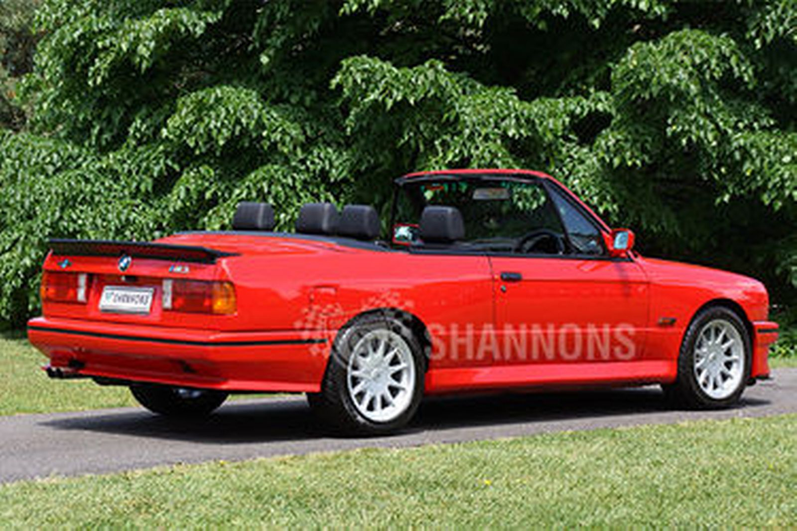 sold bmw m3 e30 convertible rhd auctions lot 17 shannons. Black Bedroom Furniture Sets. Home Design Ideas